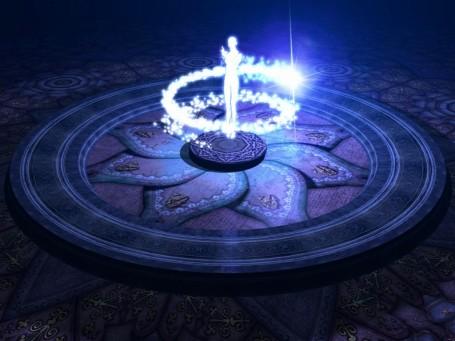https://maessage.wordpress.com — mandala bleu, avec silhouette humaine blanche prise dans une spirale étincelante